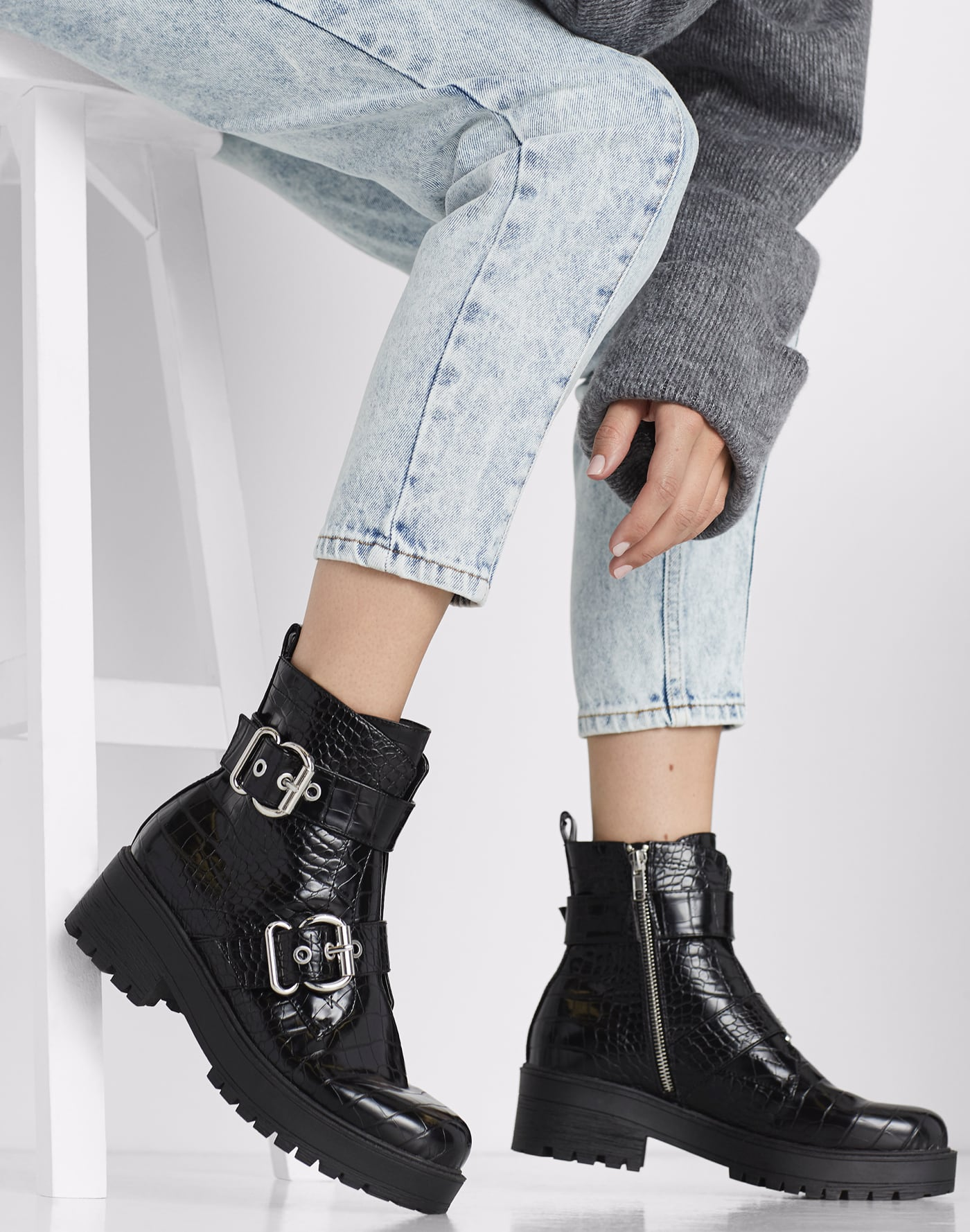 Women's Shoes, Boots, Sandals, Handbags and Accessories
