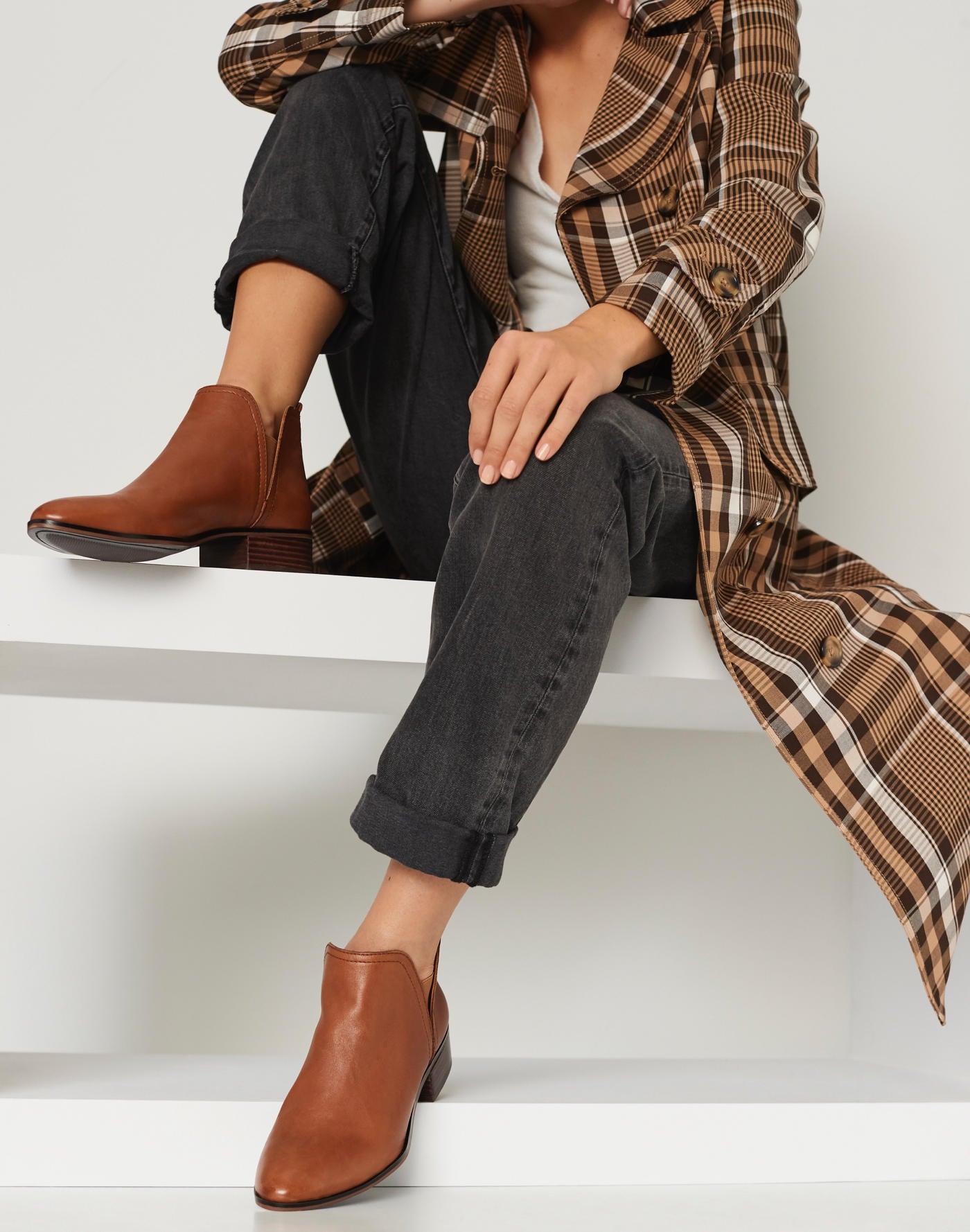 ddfc60230e5 Boots
