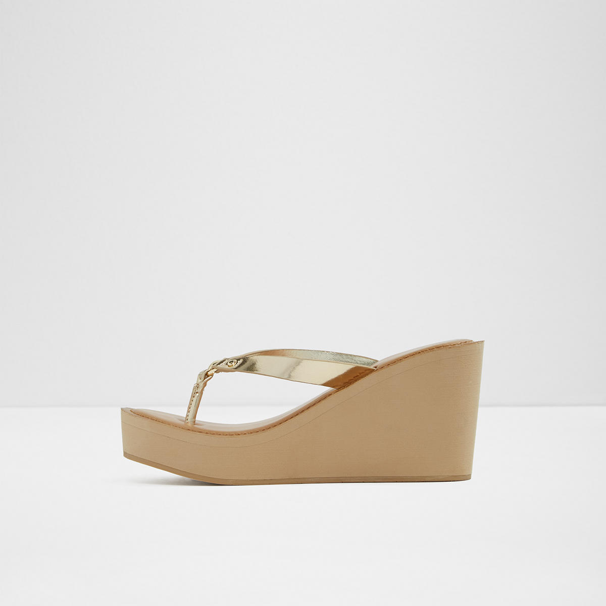 12c3091d70e9 Chelama Gold Women s Sandals