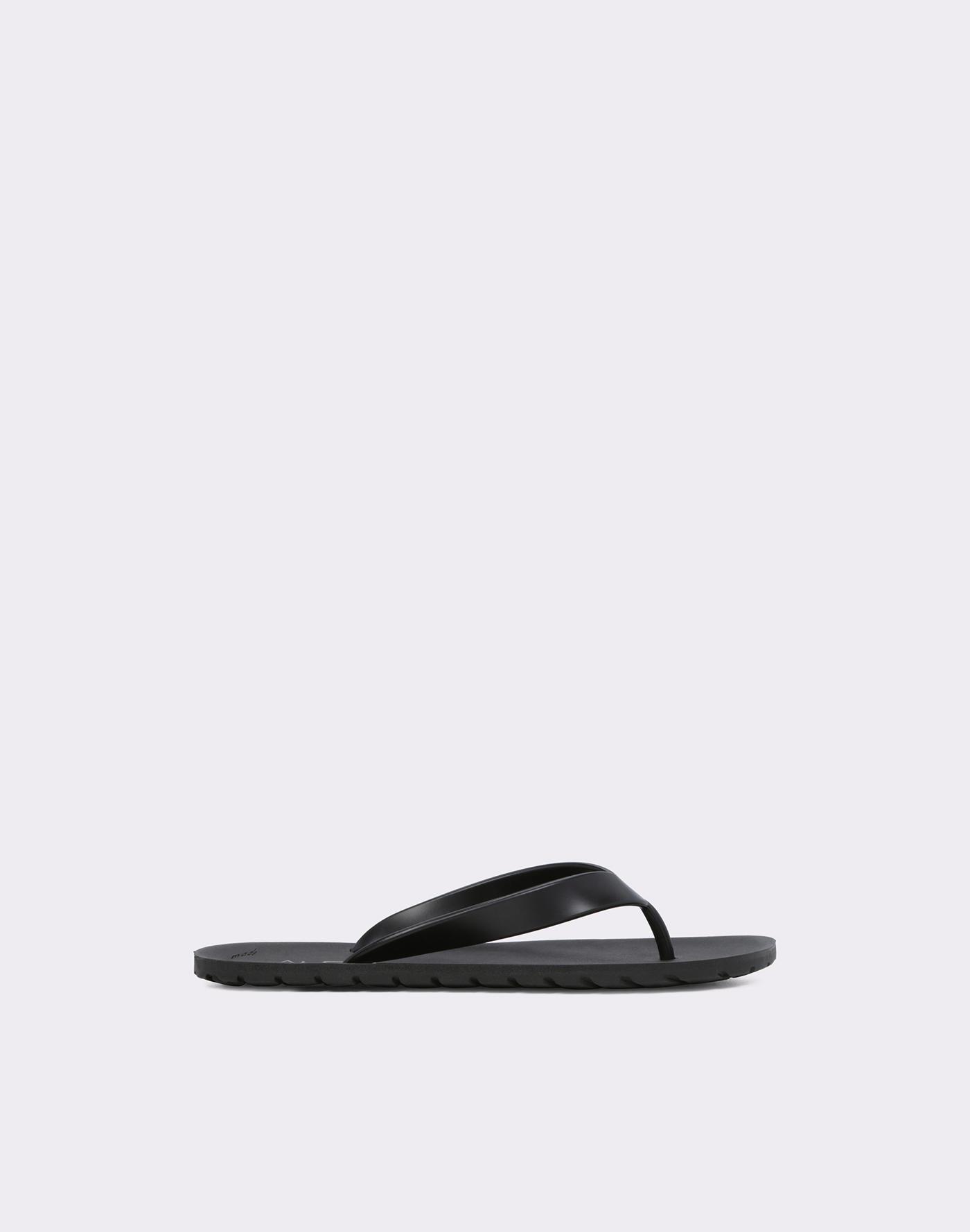 5ebbd52efbde7 Sandals