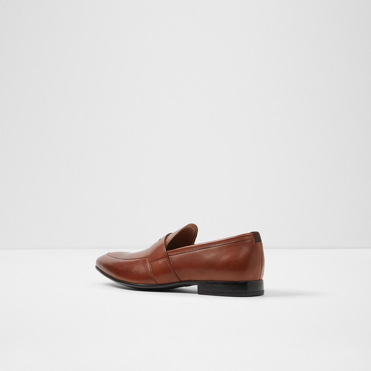 2bc77063c07 Etianna Cognac Men s Loafers