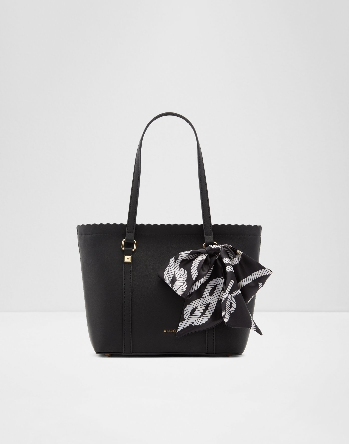 aa1f4ae747e1 All Handbags