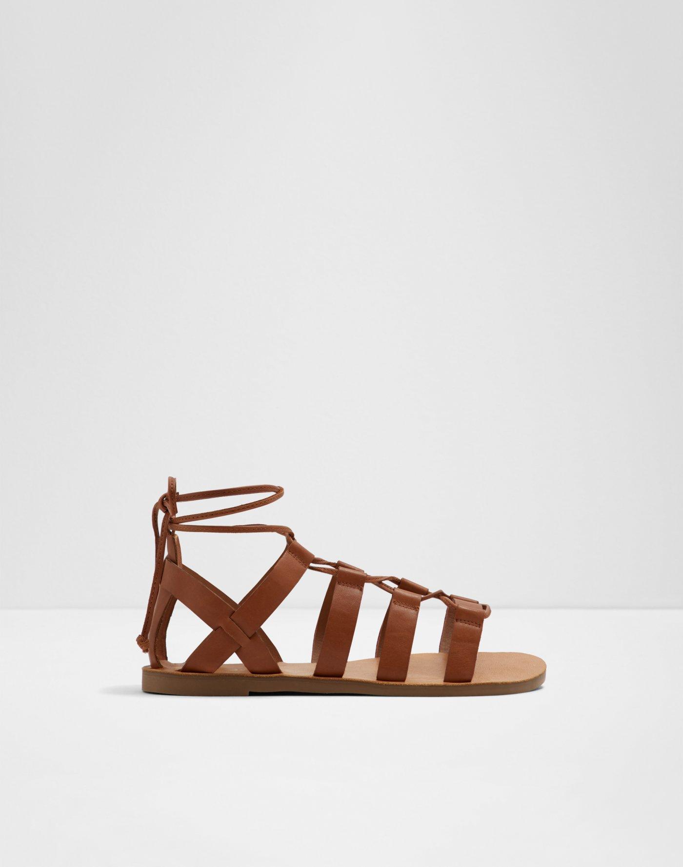 7419d1d9650b Footwear