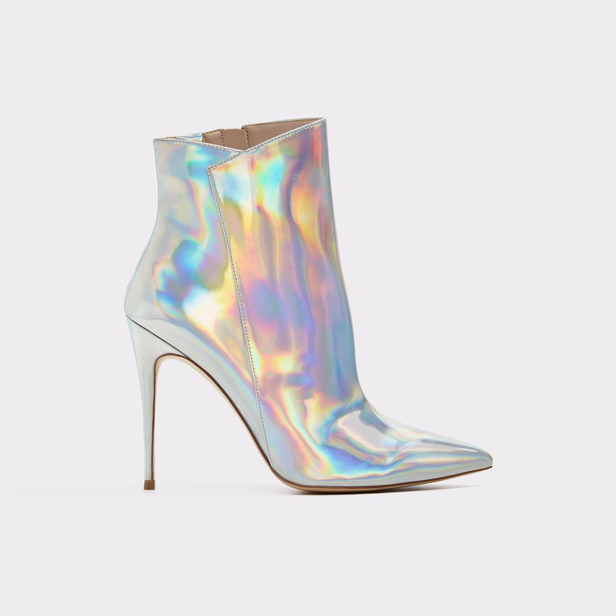 3c5e82f2b4de Merealonna Silver Women s Boots