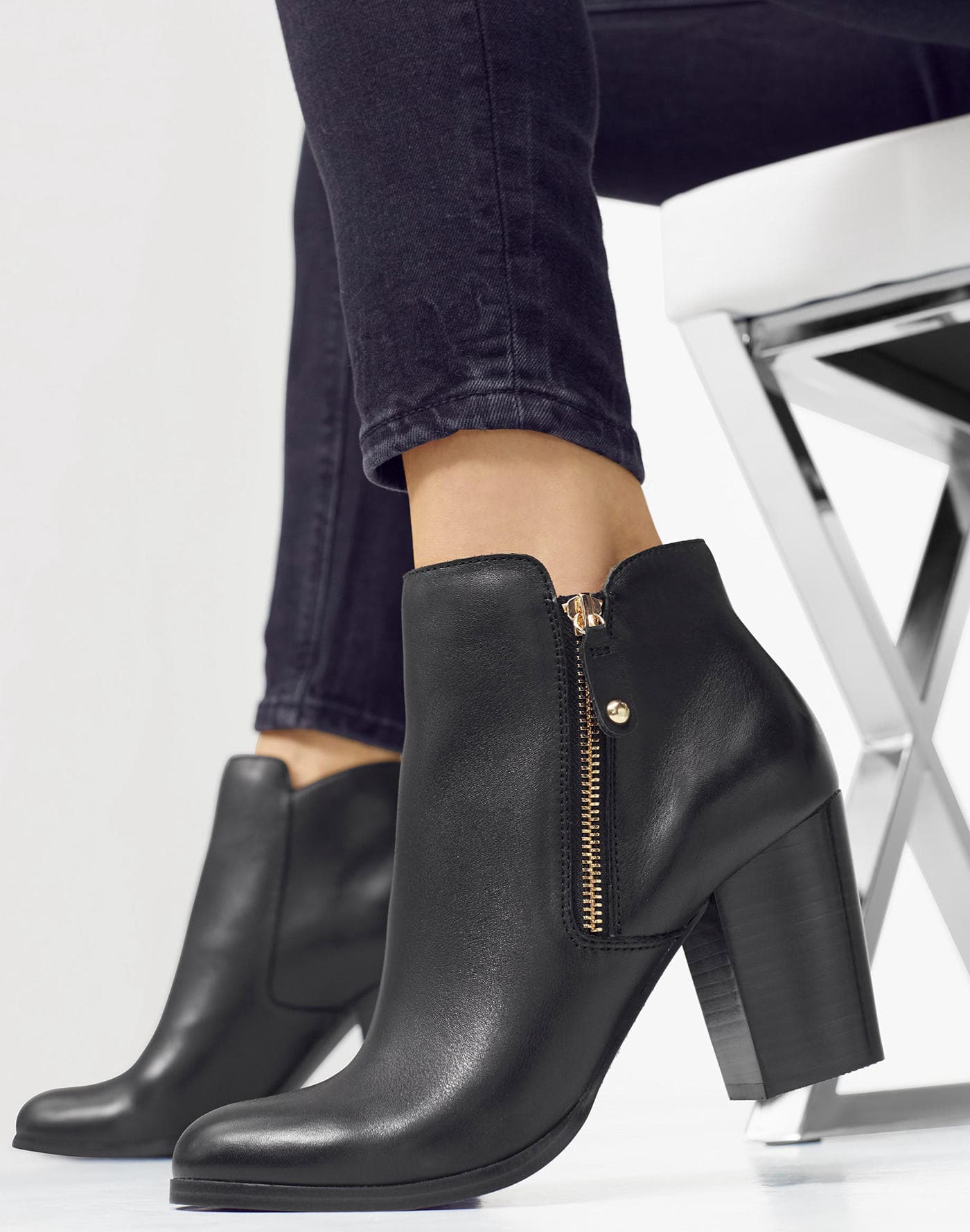 f4c307e15fd3 Ankle boots