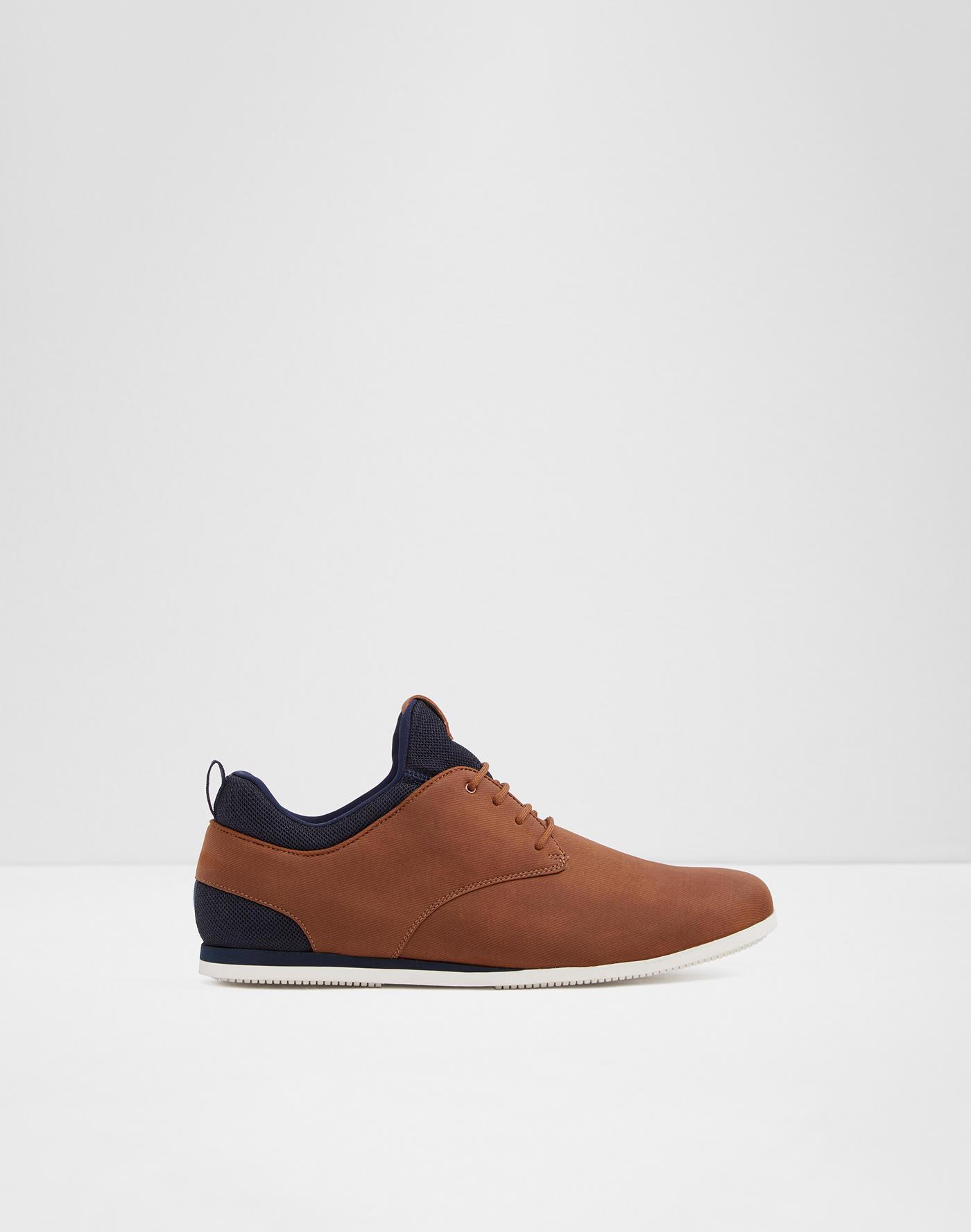 1c6473bd9788 Sneakers