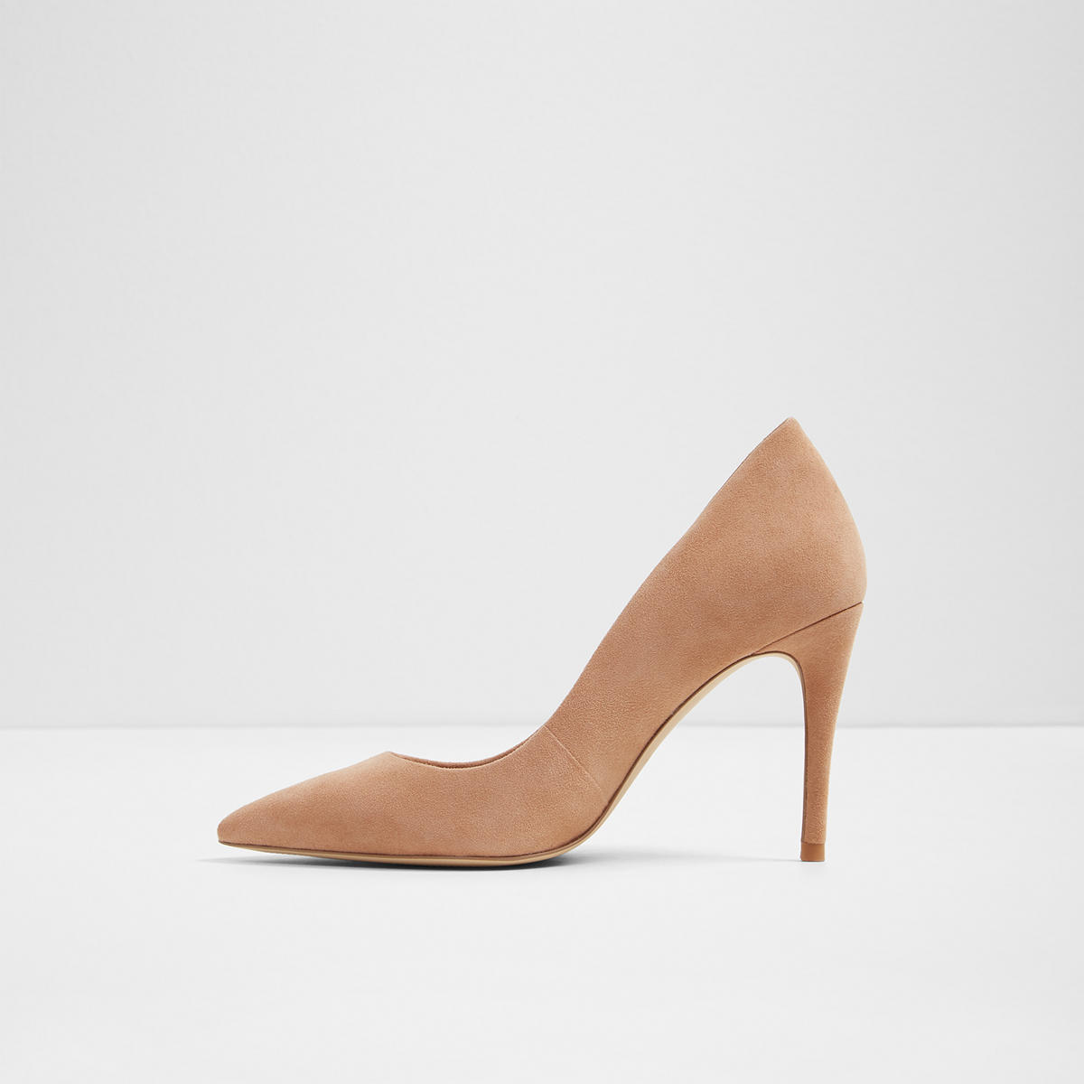 e0c6195d781 Uloaviel-N Camel Suede Women s Heels