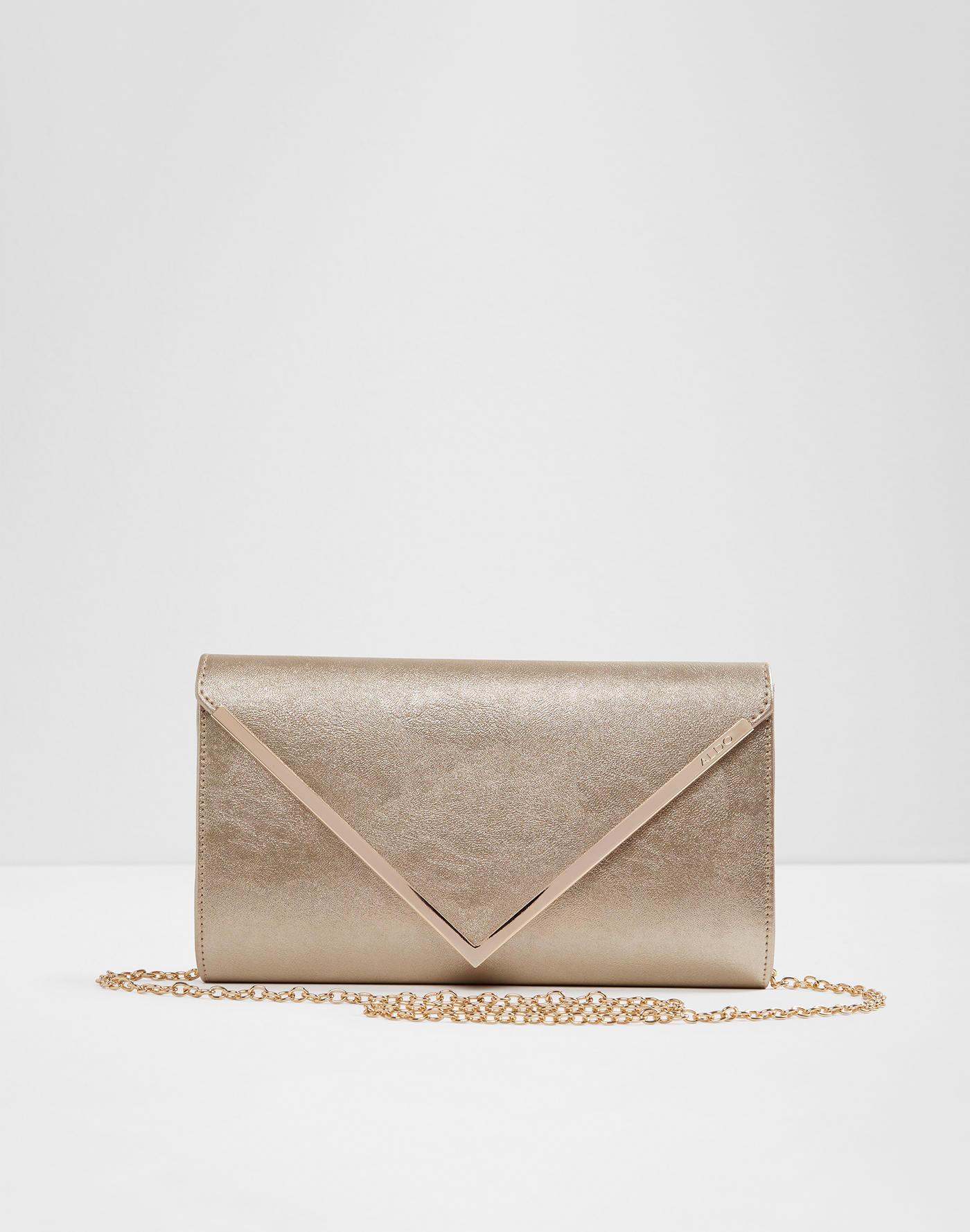 202332ef6530 Handbags