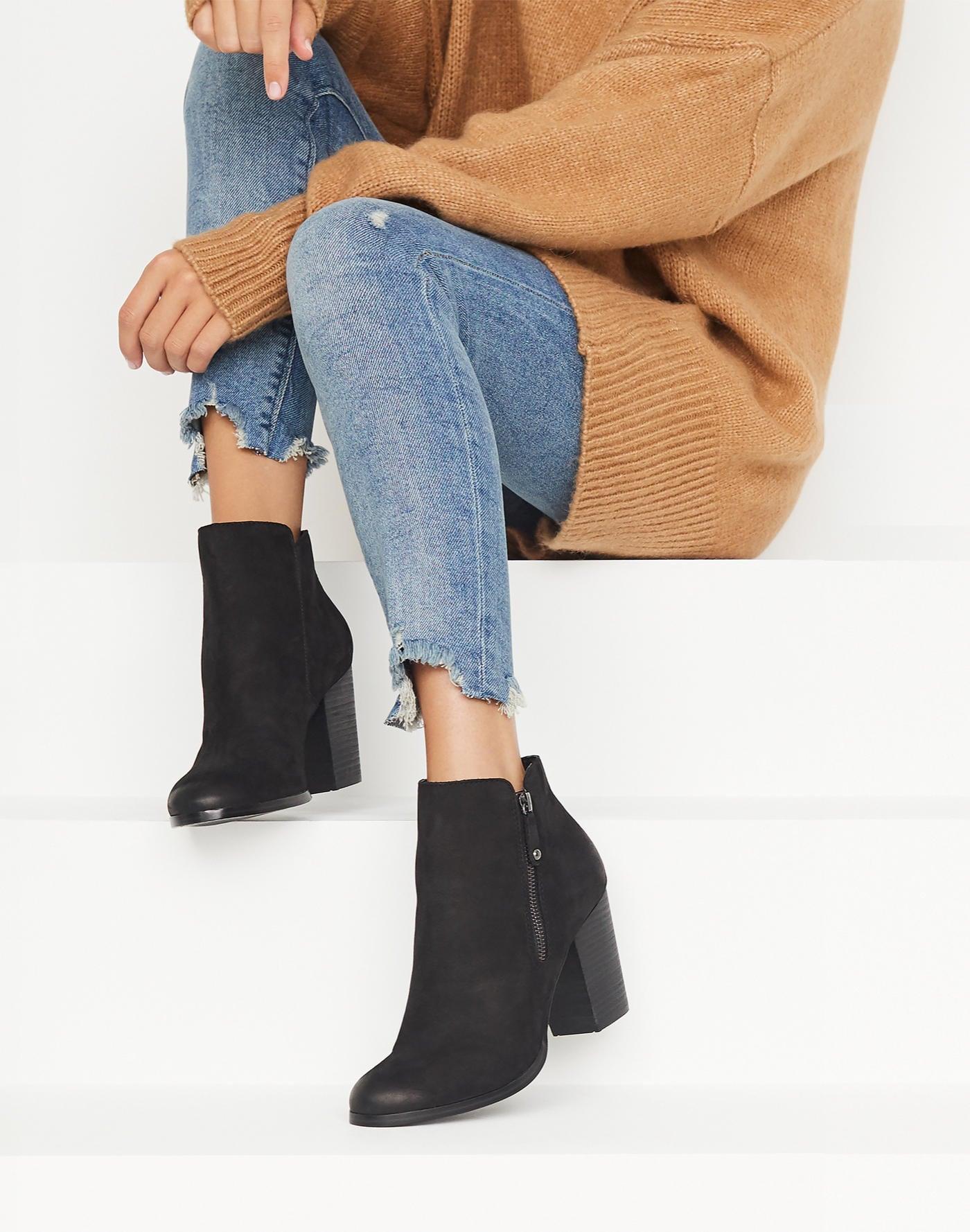 d54da3e6a9d Boots